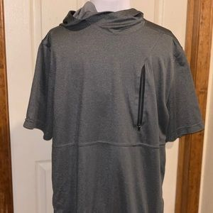 Russel Training Fit Short Sleeve Shirt Hoodie